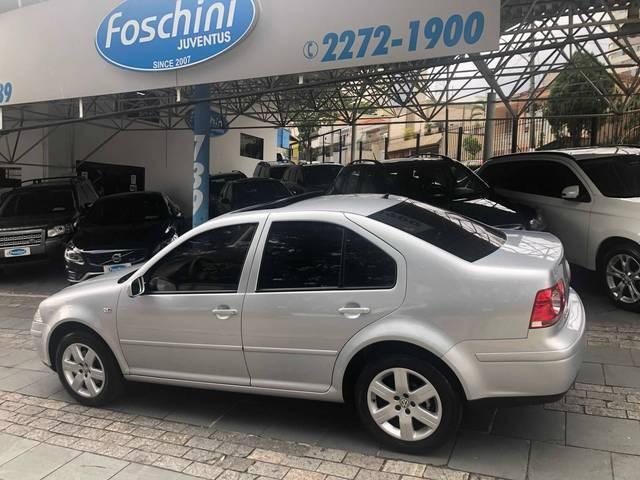 //www.autoline.com.br/carro/volkswagen/bora-20-8v-flex-4p-tiptronic/2010/sao-paulo-sp/13986505