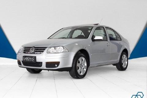 //www.autoline.com.br/carro/volkswagen/bora-20-8v-flex-4p-manual/2010/brasilia-df/14848736