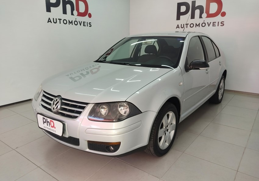 //www.autoline.com.br/carro/volkswagen/bora-20-8v-gasolina-4p-manual/2008/brasilia-df/15152660