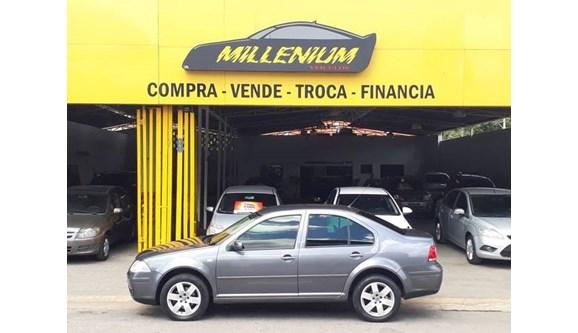 //www.autoline.com.br/carro/volkswagen/bora-20-8v-flex-4p-automatico/2009/ipatinga-mg/6477290
