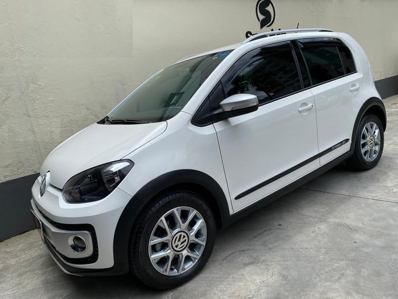 //www.autoline.com.br/carro/volkswagen/cross-up-10-tsi-12v-flex-4p-turbo-manual/2017/juiz-de-fora-mg/11514325