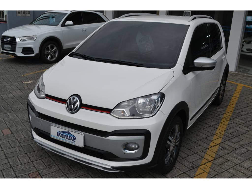 //www.autoline.com.br/carro/volkswagen/cross-up-10-tsi-12v-flex-4p-turbo-manual/2018/joinville-sc/14045584