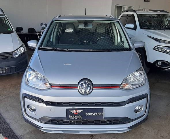 //www.autoline.com.br/carro/volkswagen/cross-up-10-tsi-12v-flex-4p-turbo-manual/2018/araxa-mg/14767187