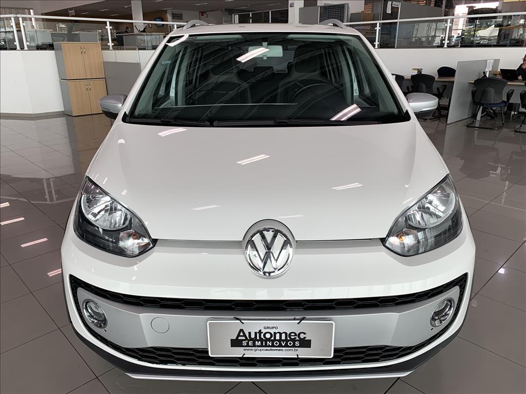 //www.autoline.com.br/carro/volkswagen/cross-up-10-tsi-12v-flex-4p-turbo-manual/2016/indaiatuba-sp/14896267