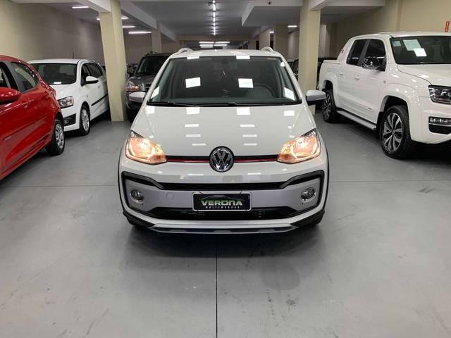 //www.autoline.com.br/carro/volkswagen/cross-up-10-tsi-12v-flex-4p-turbo-manual/2018/jundiai-sp/15106376