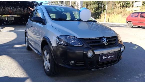 //www.autoline.com.br/carro/volkswagen/crossfox-16-8v-flex-4p-manual/2010/cotia-sp/12187320