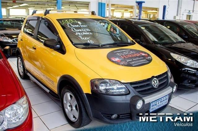 //www.autoline.com.br/carro/volkswagen/crossfox-16-8v-flex-4p-manual/2010/guarulhos-sp/12491458