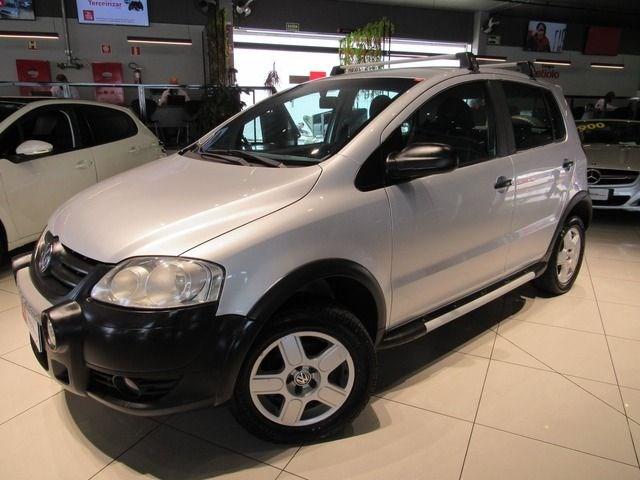 //www.autoline.com.br/carro/volkswagen/crossfox-16-8v-flex-4p-manual/2008/caxias-do-sul-rs/12666715