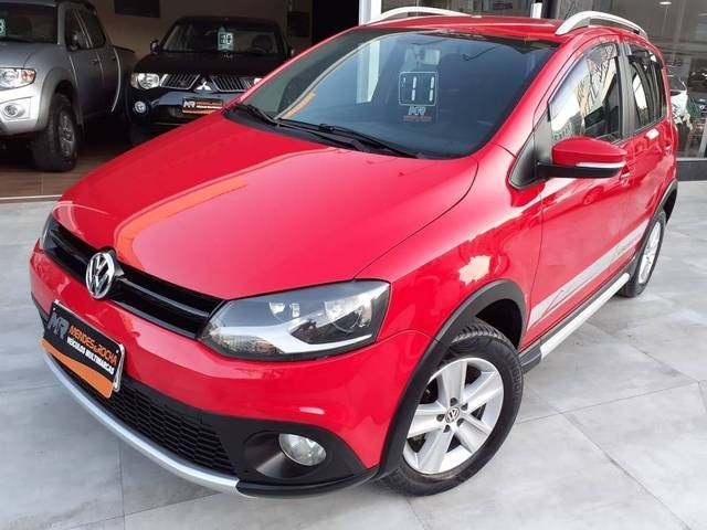 //www.autoline.com.br/carro/volkswagen/crossfox-16-8v-flex-4p-manual/2011/tubarao-sc/13093540