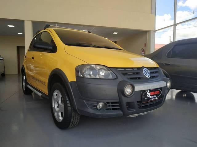 //www.autoline.com.br/carro/volkswagen/crossfox-16-8v-flex-4p-manual/2010/carambei-pr/13827883