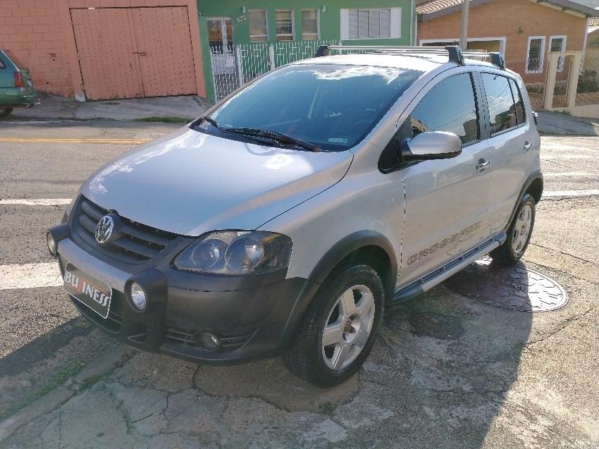 //www.autoline.com.br/carro/volkswagen/crossfox-16-8v-flex-4p-manual/2010/campinas-sp/13936706
