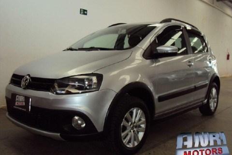 //www.autoline.com.br/carro/volkswagen/crossfox-16-8v-flex-4p-i-motion/2014/uberlandia-mg/14084721