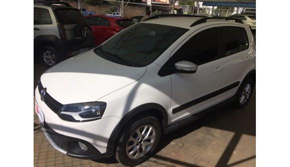 //www.autoline.com.br/carro/volkswagen/crossfox-16-8v-flex-4p-manual/2014/assis-sp/5477279