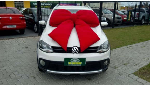 //www.autoline.com.br/carro/volkswagen/crossfox-16-8v-flex-4p-manual/2011/curitiba-pr/6760168