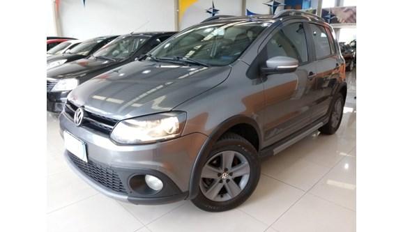 //www.autoline.com.br/carro/volkswagen/crossfox-16-8v-flex-4p-manual/2012/campinas-sp/6569050