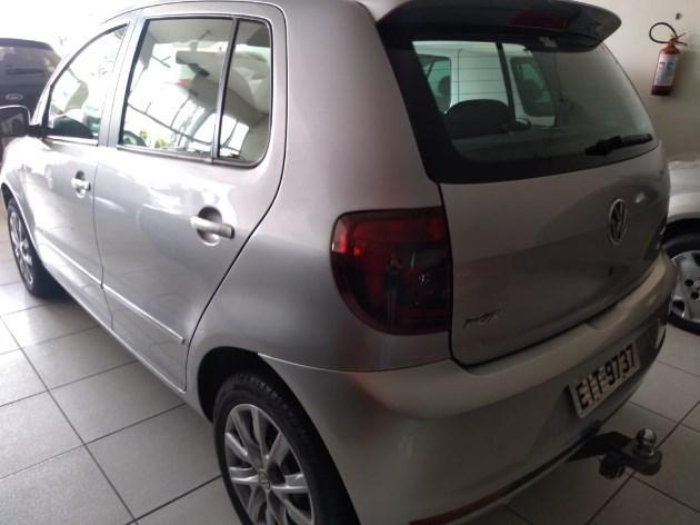 //www.autoline.com.br/carro/volkswagen/fox-16-8v-flex-4p-i-motion/2012/lucelia-sp/10987510
