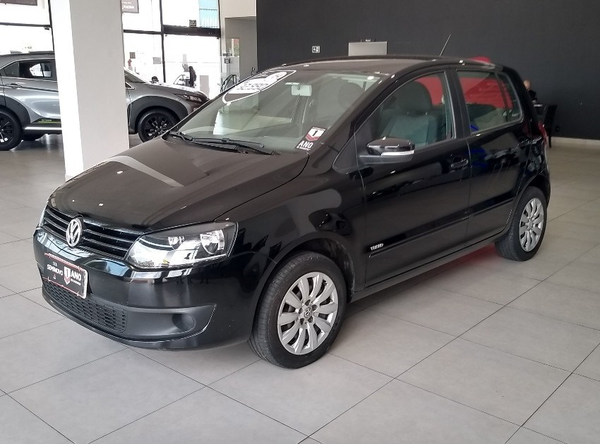 //www.autoline.com.br/carro/volkswagen/fox-10-tec-8v-flex-4p-manual/2014/ribeirao-preto-sp/13144196