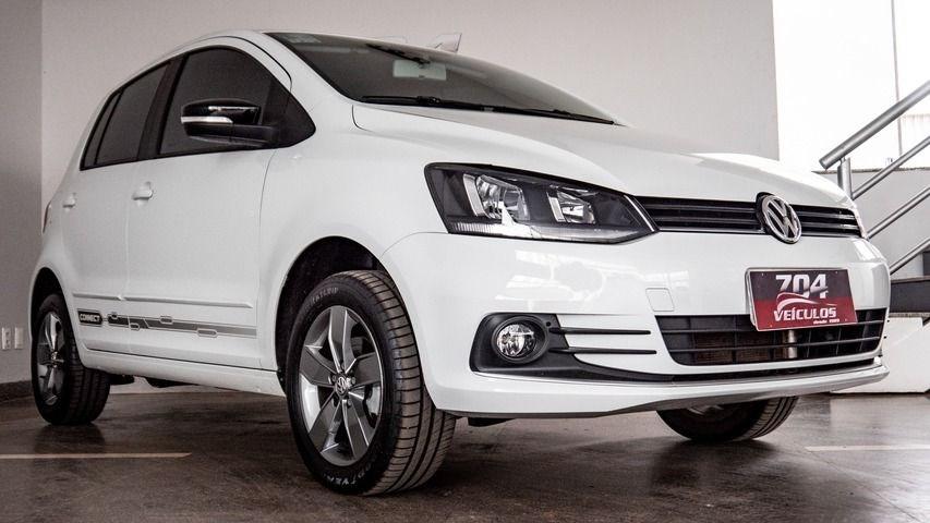 //www.autoline.com.br/carro/volkswagen/fox-16-connect-8v-flex-4p-manual/2020/brasilia-df/13457034