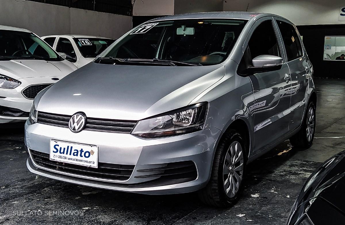 //www.autoline.com.br/carro/volkswagen/fox-16-trendline-8v-flex-4p-manual/2017/sao-paulo-sp/13662894