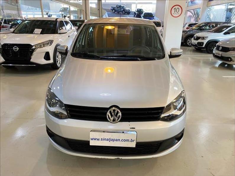 //www.autoline.com.br/carro/volkswagen/fox-10-tec-8v-flex-4p-manual/2013/sao-paulo-sp/14841632
