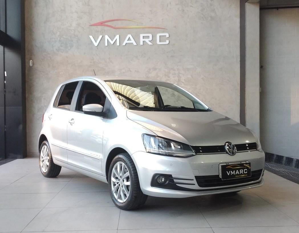 //www.autoline.com.br/carro/volkswagen/fox-16-comfortline-8v-flex-4p-manual/2015/sao-paulo-sp/15262854