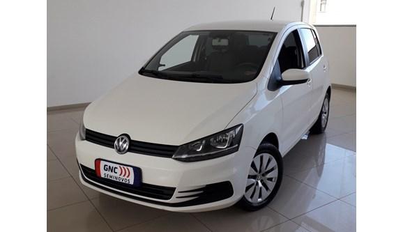 //www.autoline.com.br/carro/volkswagen/fox-16-trendline-8v-flex-4p-manual/2015/belo-horizonte-mg/7919027