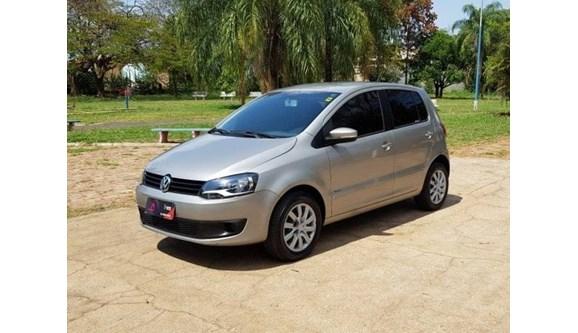 //www.autoline.com.br/carro/volkswagen/fox-10-trend-8v-flex-4p-manual/2013/penapolis-sp/9606218