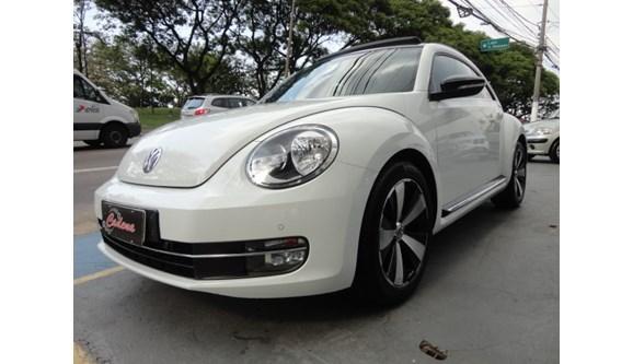 //www.autoline.com.br/carro/volkswagen/fusca-20-tsi-16v-gasolina-2p-automatico/2014/sao-paulo-sp/7053507