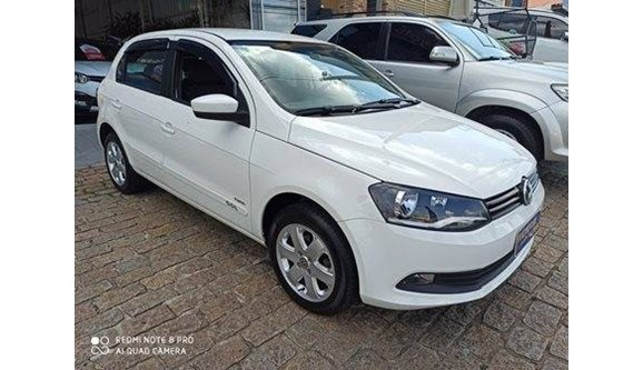 //www.autoline.com.br/carro/volkswagen/gol-16-vht-8v-flex-4p-manual/2013/vinhedo-sp/10934336
