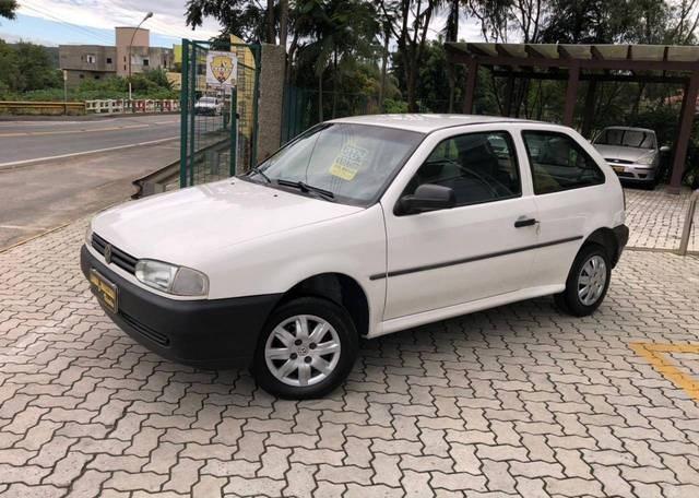 //www.autoline.com.br/carro/volkswagen/gol-10-special-free-8v-gasolina-2p-manual/2004/cocal-do-sul-sc/13475145