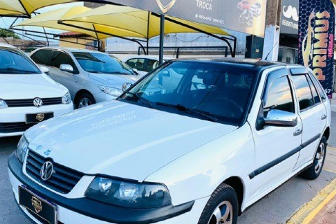 //www.autoline.com.br/carro/volkswagen/gol-16-power-8v-flex-4p-manual/2005/rondonopolis-mt/14247141