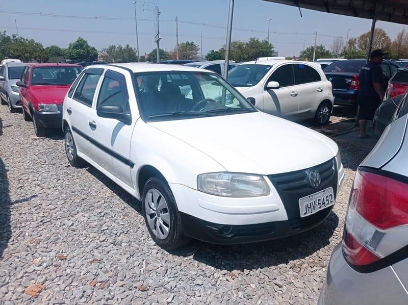 //www.autoline.com.br/carro/volkswagen/gol-10-8v-trend-68cv-4p-flex-manual/2010/brasilia-df/15901702