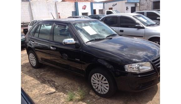 //www.autoline.com.br/carro/volkswagen/gol-16-power-8v-98cv-4p-flex-manual/2006/passos-mg/489321