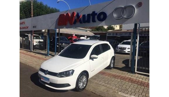 //www.autoline.com.br/carro/volkswagen/gol-16-comfortline-vht-8v-flex-4p-manual/2016/chapeco-sc/7481361