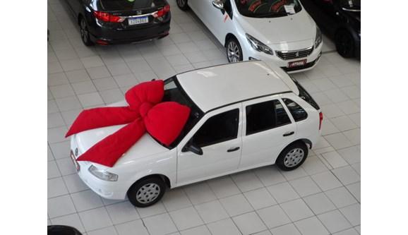 //www.autoline.com.br/carro/volkswagen/gol-10-vht-8v-flex-4p-manual/2014/curitiba-pr/8150010