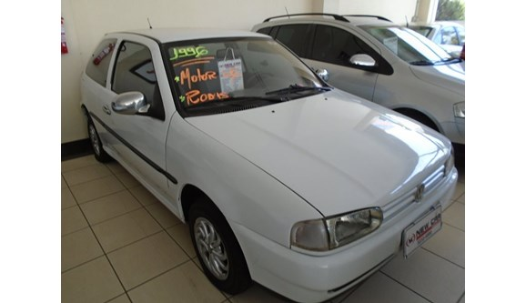 //www.autoline.com.br/carro/volkswagen/gol-16-cli-78cv-2p-gasolina-manual/1996/uberlandia-mg/6138314