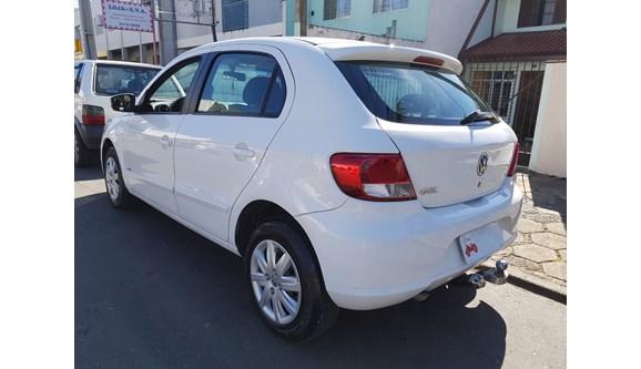 //www.autoline.com.br/carro/volkswagen/gol-10-8v-flex-4p-manual/2013/curitiba-pr/5481277