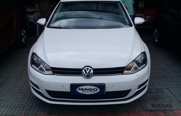 //www.autoline.com.br/carro/volkswagen/golf-14-tsi-highline-16v-flex-4p-turbo-manual/2016/aracaju-se/10657522