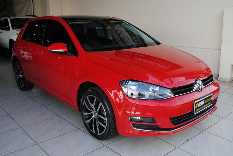 //www.autoline.com.br/carro/volkswagen/golf-14-tsi-bluemotion-highline-16v-gasolina-4p-tu/2014/londrina-pr/11307086