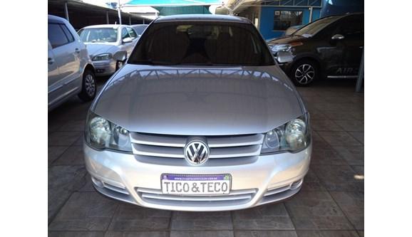 //www.autoline.com.br/carro/volkswagen/golf-16-sportline-8v-flex-4p-manual/2009/arapongas-pr/11334500