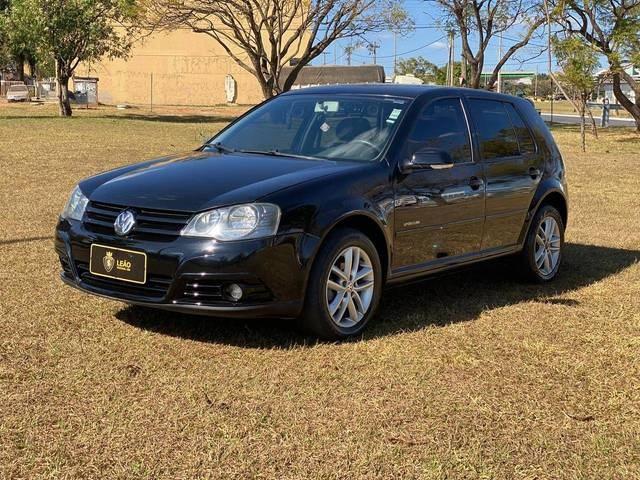 //www.autoline.com.br/carro/volkswagen/golf-16-8v-flex-4p-manual/2010/brasilia-df/12347243