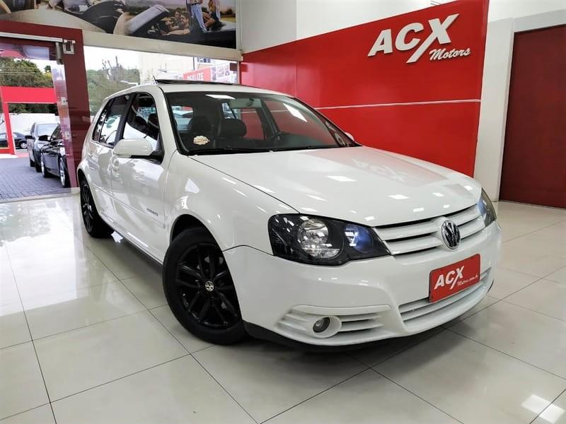 //www.autoline.com.br/carro/volkswagen/golf-20-sportline-8v-flex-4p-tiptronic/2011/curitiba-pr/12478437