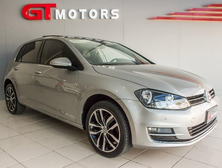 //www.autoline.com.br/carro/volkswagen/golf-14-highline-16v-flex-4p-turbo-tiptronic/2017/novo-hamburgo-rs/12559924
