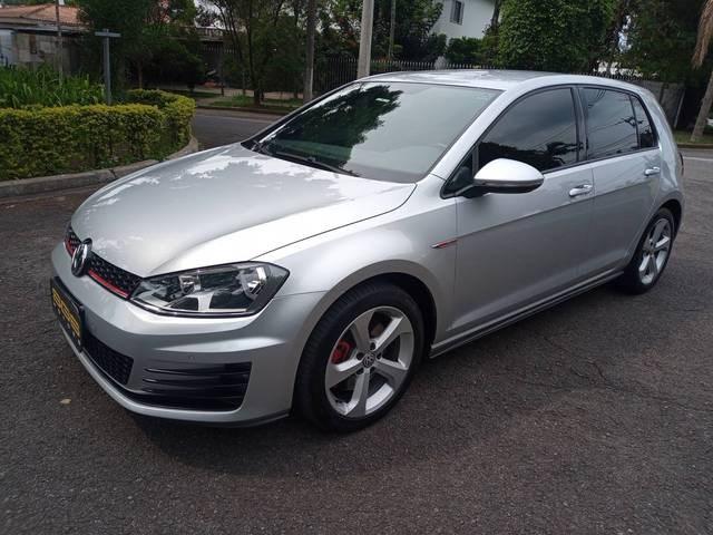 //www.autoline.com.br/carro/volkswagen/golf-20-tsi-gti-16v-gasolina-4p-turbo-dsg/2015/sao-paulo-sp/12842233