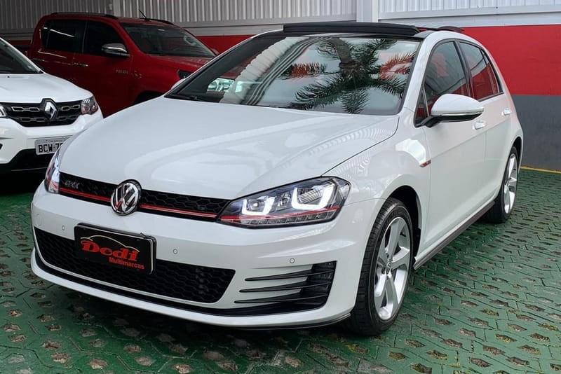 //www.autoline.com.br/carro/volkswagen/golf-20-gti-16v-gasolina-4p-turbo-dsg/2017/curitiba-pr/13579833