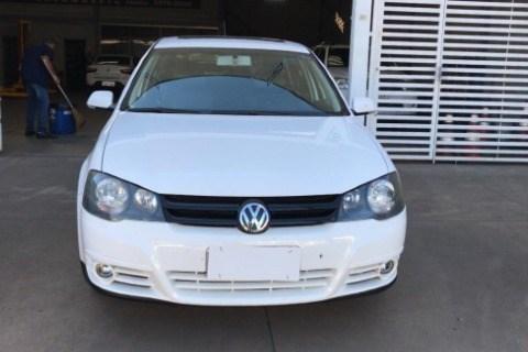 //www.autoline.com.br/carro/volkswagen/golf-16-sportline-8v-flex-4p-manual/2011/goiania-go/14318236
