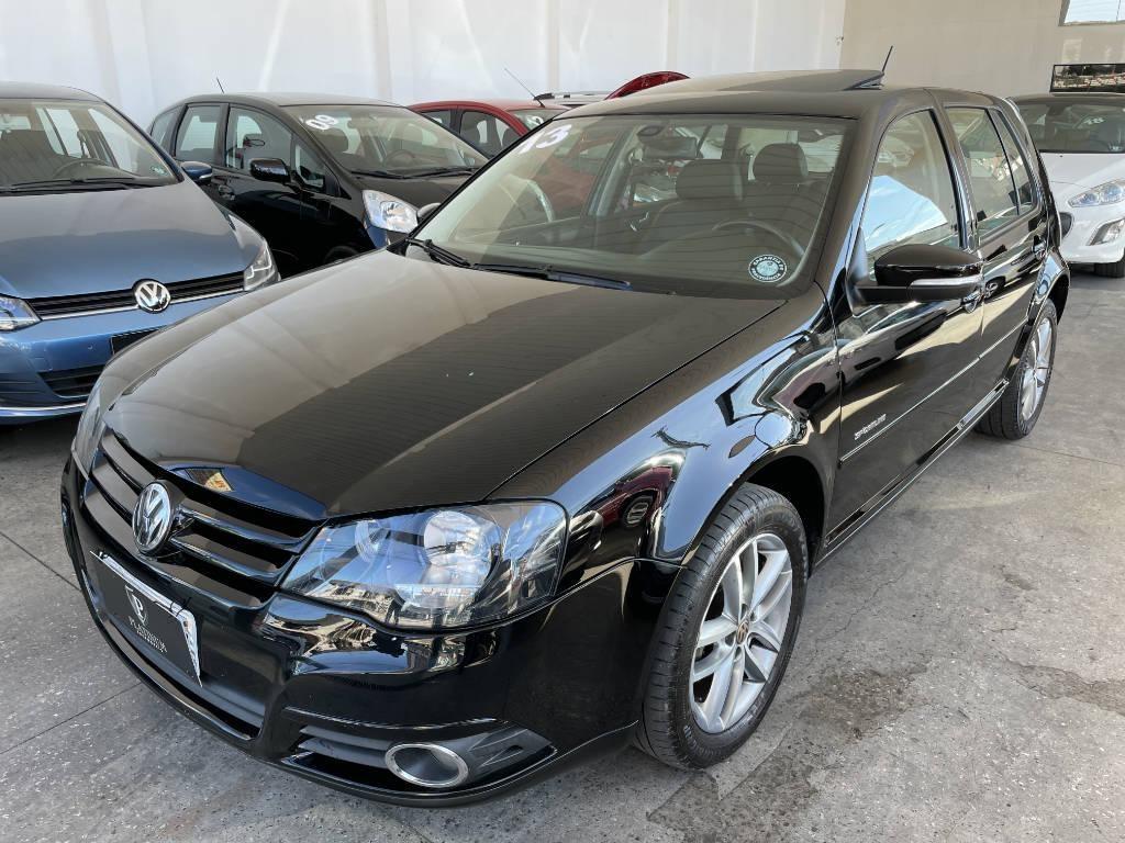 //www.autoline.com.br/carro/volkswagen/golf-16-sportline-8v-flex-4p-manual/2013/palhoca-sc/14702848