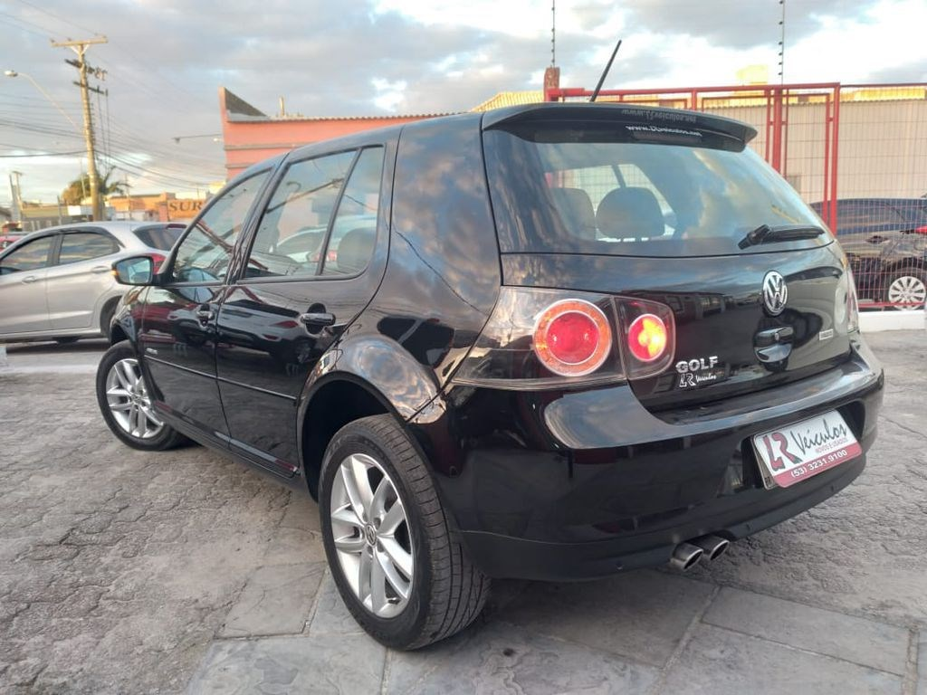//www.autoline.com.br/carro/volkswagen/golf-16-sportline-8v-flex-4p-manual/2013/rio-grande-rs/14790768