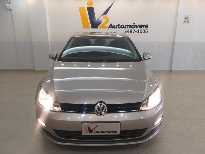 //www.autoline.com.br/carro/volkswagen/golf-10-tsi-comfortline-12v-flex-4p-turbo-manual/2017/brasilia-df/15822038