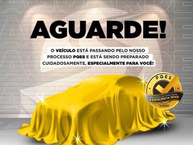 //www.autoline.com.br/carro/volkswagen/golf-10-200-tsi-comfortline-12v-flex-4p-turbo-auto/2018/bauru-sp/15895455